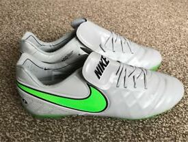 Nike Tiempo Moulded FG Football Boots 8.5