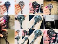 Black crystals Rhinestone brooch