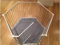 PlAypen with mat