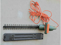 Black & Decker Hedge trimmer GT 350. Excellent condition.