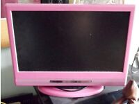 "ALBA LCDW16HDFP 16"" HD READY TV INC REMOTE. RARE PINK MODEL. IDEAL FOR KITCHEN OR KIDS BEDROOM"