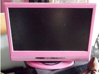 """ALBA LCDW16HDFP 16"""" HD READY TV INC REMOTE. RARE PINK MODEL. IDEAL FOR KITCHEN OR KIDS BEDROOM"""