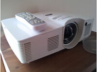Optoma GT1080e full HD projector plus 100 inch electric retractable screen