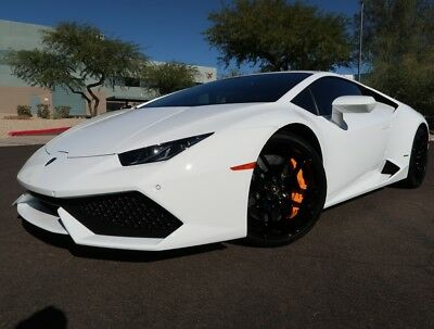 2016 Lamborghini Huracan Lp610 4 Coupe Front Lift Back Up Cam Carbon Only 1 115 Miles White On Black 2017 2015 Huracan