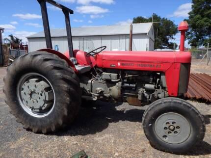 Massey Ferguson MF65 tractor & many more items