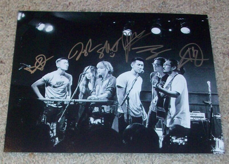 RUN RIVER NORTH SIGNED AUTOGRAPH 8x10 PHOTO B w/PROOF ALEX HWANG +5