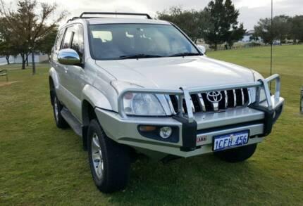 Toyota Landcruiser Prado 2004 V6 Auto. LOW KLMS.!!