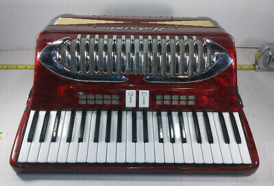 1 USED BORSINI PIANO ACCORDION 41 KEY, 120 BASS w/ HARD CASE ***MAKE OFFER***