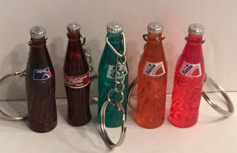 Coca-Cola Pepsi Fanta Keychain Collectible Soda Bottles (1)