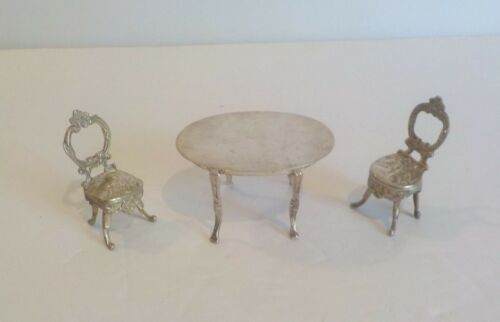 NICE VINTAGE STERLING SILVER MINIATURE DINING TABLE & (2) CHAIRS