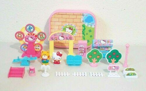 2014 Sanrio Hello Kitty Carnival Ferris Wheel Characters Playset