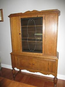 oak china cabinet (antique) - price reduced