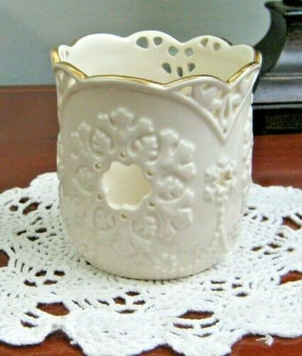 "Lenox Garden Lights Pierced Snowflake Votive/Small Pillar Holder 4"" H Gold Trim"