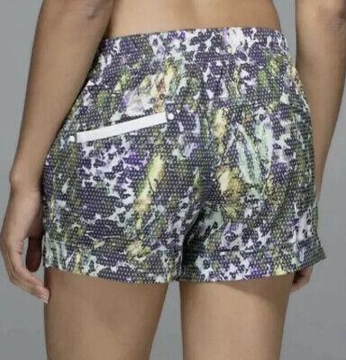 CUTE🍀Lululemon 4 Spring Break Away Shorts - Floral Sport White Multi Cuffed EUC