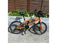 Beautiful orange 20 inches wheel bike in great condition. £ 30