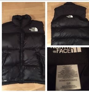 Ladies size small North Face Vest 700