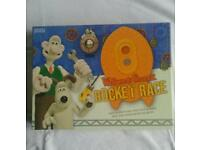 WALLACE & GROMIT ROCKET BOARD GAME