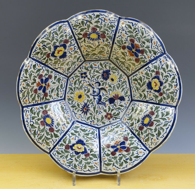 Antique Excellent Very Large Dutch Delft Gadrooned Charger ''Plooischotel''