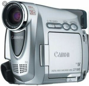 Canon Camcorder with carrying Case and charger Sarnia Sarnia Area image 1
