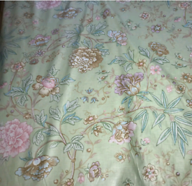 "20 Mtrs Vtg Cole & Son ""Peony"" Floral Semi Glazed Cotton Chintz Fabric"