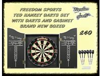 DARTBOARD BRAND NEW BOXED MATCH STANDARD WITH DARTS