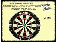 Winmau Ton Machine Dartboard and Black Cabinet Set Brand new Boxed REDUCED TO CLEAR
