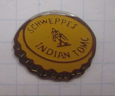 SCHWEPPES / INDIAN TOMC / KRONKORKEN   ...............Getränke Pin (129d)