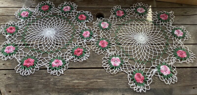 """Beautiful Vintage Set of 2 21"""" Pink And White Variegated Rose Adorned Doilies"""