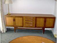 Teak sideboard - 4 drawers 2 sets double doors