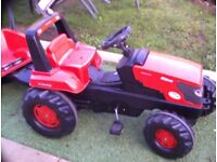 Kubuka tracter and trailer pedal operated in very good condition