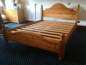 King Size Double Bed / Bedside Cabinets