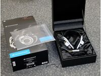 Sennheiser HD800 boxed new