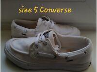 Ladies size 5 white Converse Cons