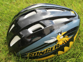 Halfords Stinger Child Kids Cycle Safety Helmet
