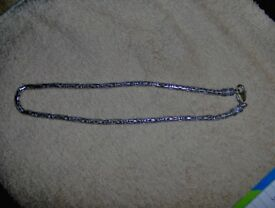 ladies silver neckless
