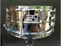 Sonor D506 phonic snare drum