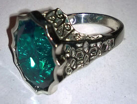 large sterling silver emerald ring