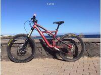 specialized enduro mountain bicycle
