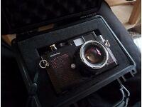 voigtlander bessa r3m 250th aniversary rangefinder camera + nokton 40mm f1.4 + 15mm 4.5 ultra wide