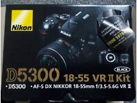 Nikon D5300 - Mint Condition - Barely Used