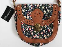 Brand New Small Western Heritage Floral Messenger Bag