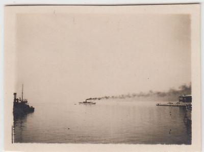 (F22913) Orig. Mini-Foto Dampfer im Hafen in o. bei Portorose, Portoro? 1932