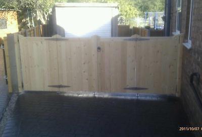wooden driveway entrance gates bi-fold  4'x10' any size