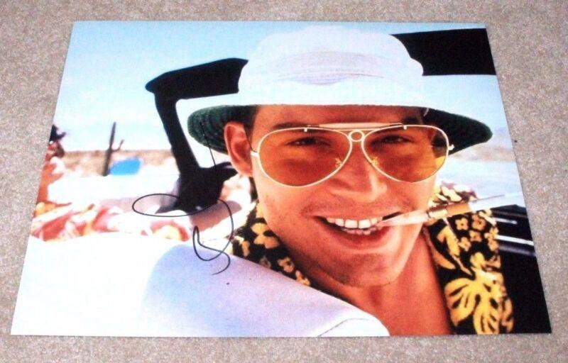 JOHNNY DEPP SIGNED FEAR AND LOATHING IN LAS VEGAS 11X14 PHOTO W/COA RAOUL DUKE