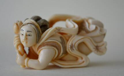 Japanese Vintage Antique Netsuke Tennin Carving.Okimono Nihonto