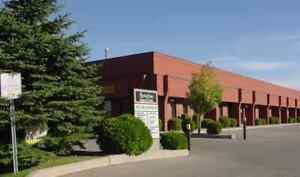 Brampton Industrial Unit For Rent  2,810 sq.ft.