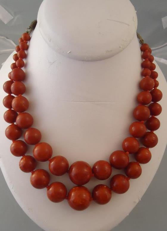 Vtg Bakelite Double strand graduated bead necklace Orange Red Mustard Marbled