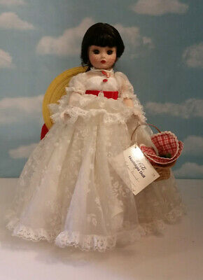 "MADAME ALEXANDER PORCELAIN ""NOSTALGIA DOLL"" COCA-COLA BY DANBURY MINT (NO BOX)"