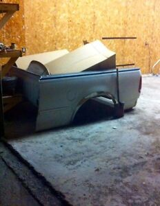 97-04 Ford F-150 short bed Box