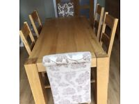 Oak dining table + 4 chairs + 2 fabric chairs